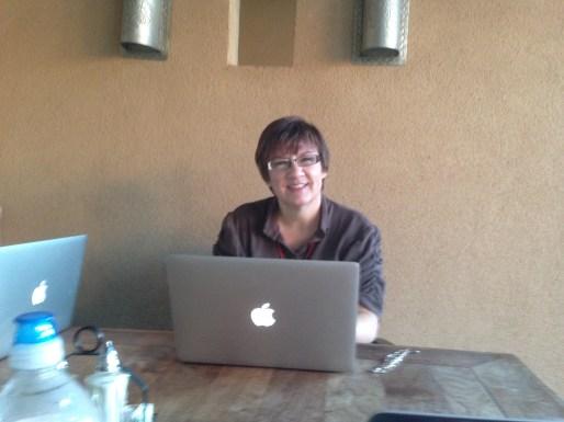 Darynda Jones with the 6 a.m. writing club!