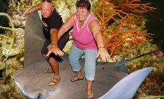 NC Aquarium - Riding the Stingray