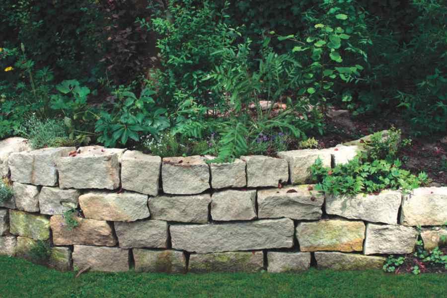 Gartenmauer Garten Pinterest Gärten, Gartenkunst und Zäune - garten steinmauer selber bauen