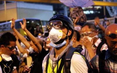 Police Clears Hong Kong Umbrella Revolution