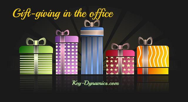 Gift-giving etiquette for business \u2013 Key Dynamics