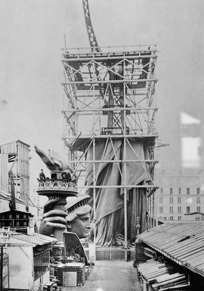 Ellis Island Dimensions