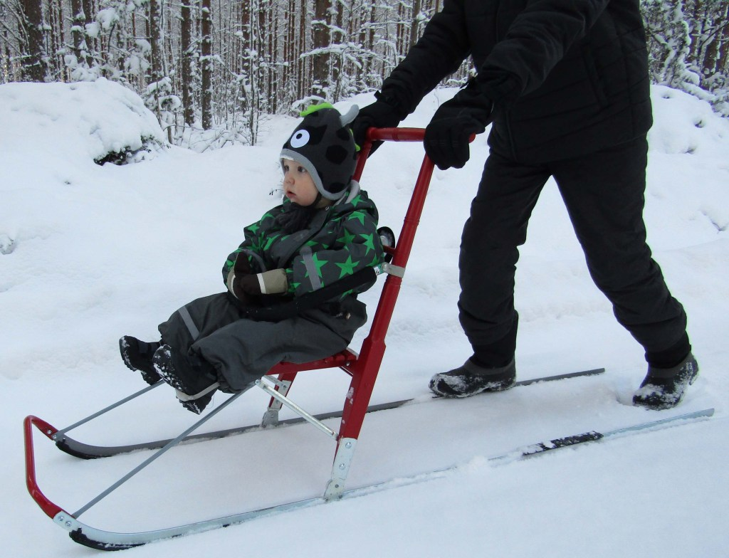 Kicksled Compact patinette neige pour ballade en Famille
