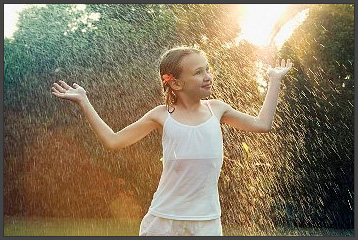 Wallpaper Of Alone Girl In Rain Monsoon And The Child Care Enjoy Monsoon Blissfully