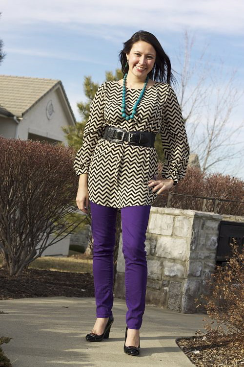 kimberlyloc chevron dress black belt purple jeans