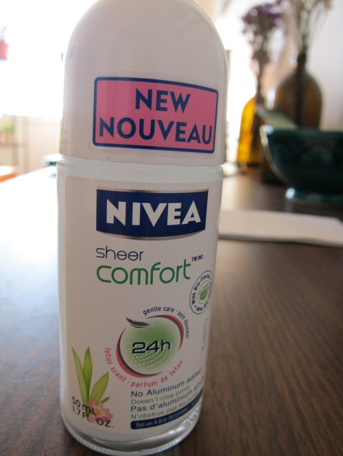 Nivea 24 Hour Sheer Comfort in Lotus