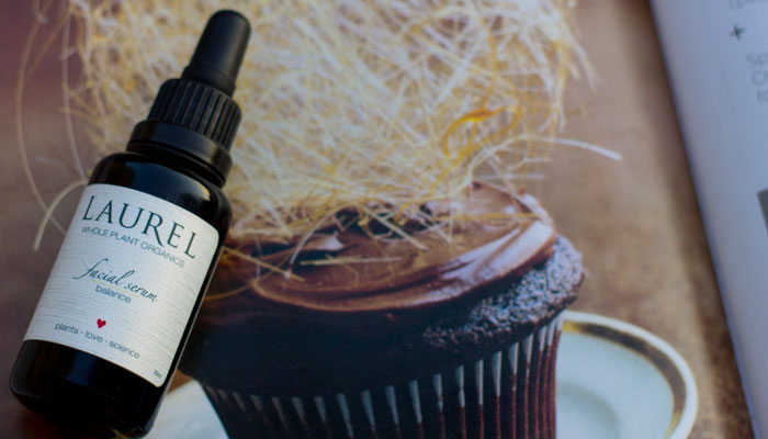 laurel whole plant organics balance facial serum