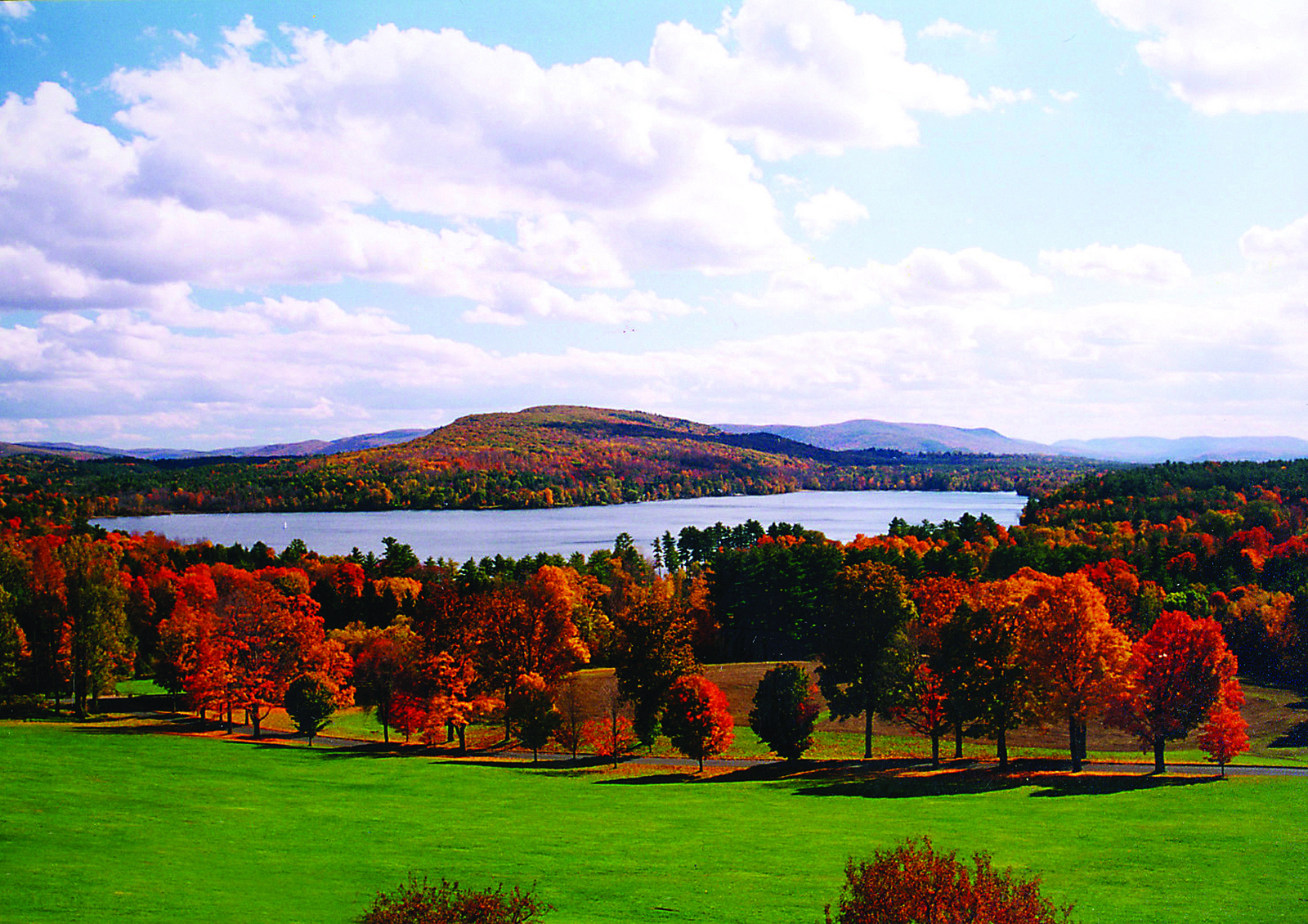 Vermont Fall Foliage Wallpaper Best Fall Foliage Drives In America Life Is Suite