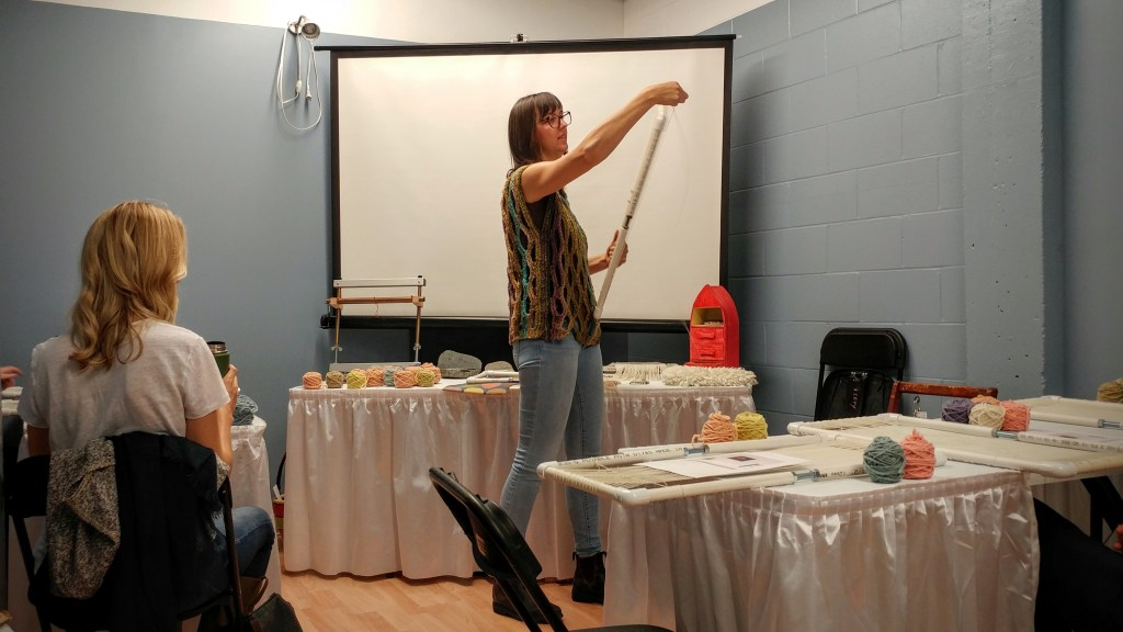 Janna Maria Vallee teaches tapestry weaving at Knit City – http://kimwerker.com/blog