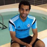 Chelsea's Salah takes ALS ice bucket challenge
