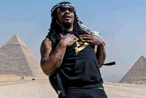 Former NFL star Marshawn Lynch in Egypt. (Photo: American Football Without Borders)
