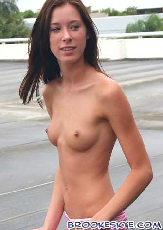 hot naked selfie