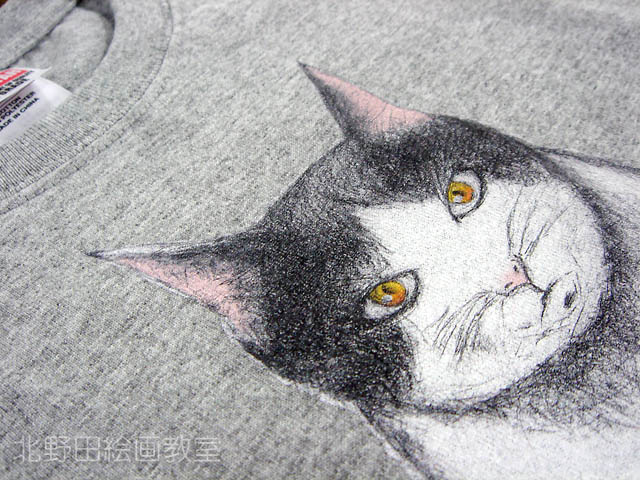 かよさんの猫デッサン画Tシャツ