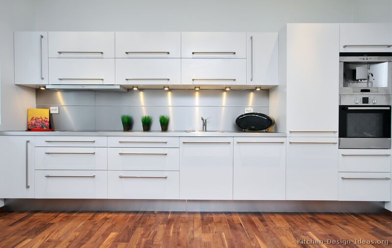 Pictures of Kitchens - Modern - White Kitchen Cabinets - white kitchen cabinets