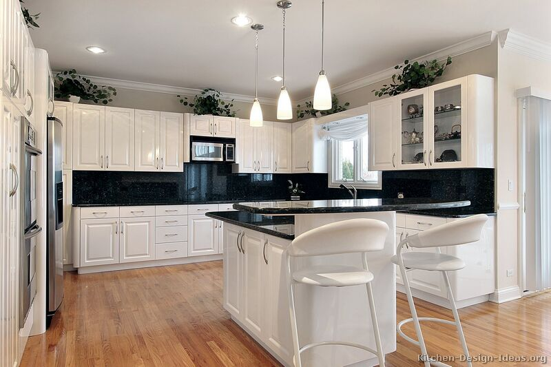Pictures of Kitchens - Traditional - White Kitchen Cabinets (Page 4) - white kitchen cabinets