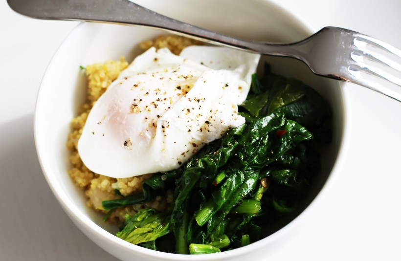poached-egg-quinoa-spinach-1
