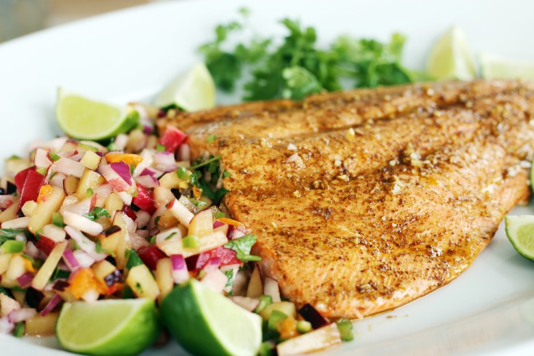 chipotle-lime-salmon-stone-fruit-salsa-2