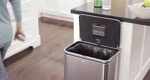 Simple human sensor trash can