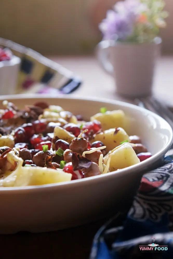 Pomegranate, Apple & Black Chickpea Sprouts Salad