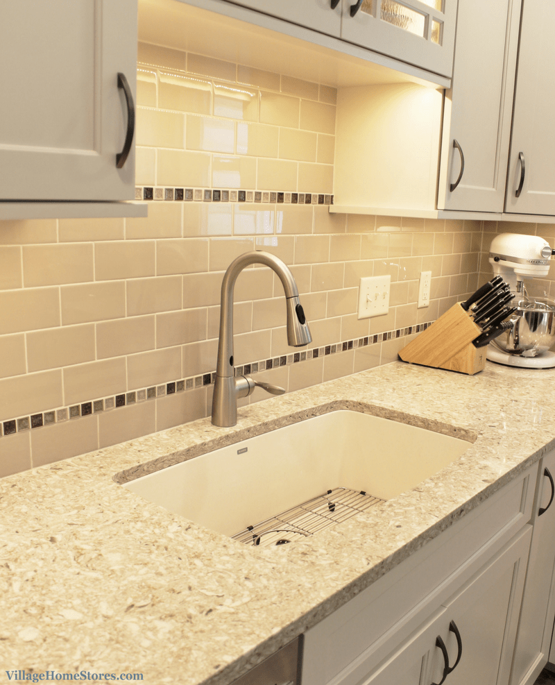 Kitchen sink with matching black glass tap landing and sliding cover - Kitchen Sink With Matching Black Glass Tap Landing And Sliding Cover A Rock Island Il Download