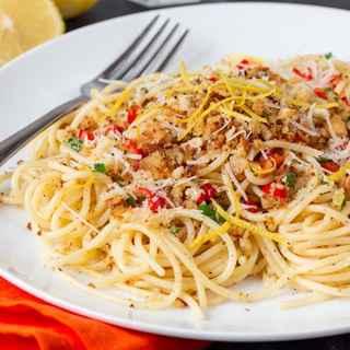20-Minute Garlic Bread Spaghetti