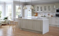 Shaker Kitchen doors - Madison Painted Light Grey |Uform