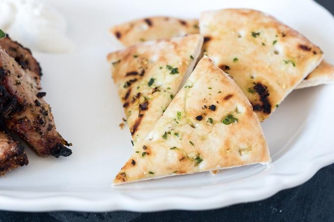 how to make garlic sauce for souvlaki