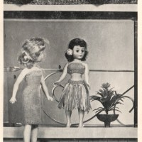 Craft Scan Friday: Knit Your Doll A Hula Skirt