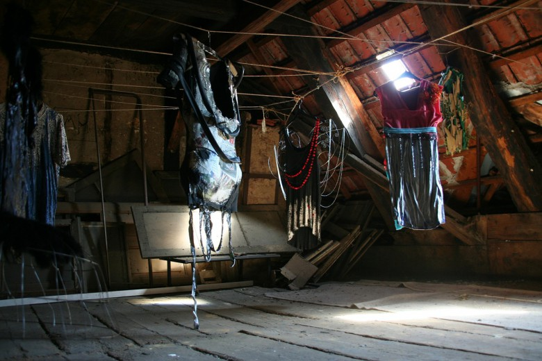 How To Declutter Your Attic - Check Out These Tips !