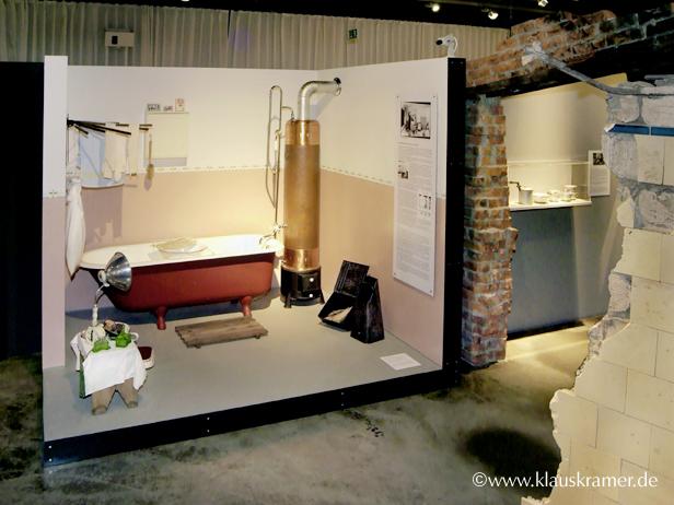Ausstellungen - von der Idee bis zur Realisation - badezimmer 30er