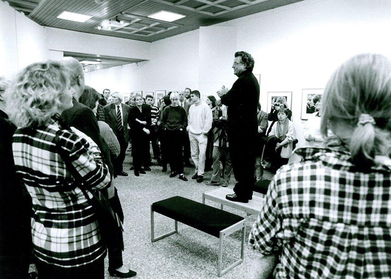 """Ausstellung """"J.H. Darchinger. Die Bonner Republik"""" im Rheinischen Landesmuseum Bonn, 1997 (Foto: Frank Darchinger)"""