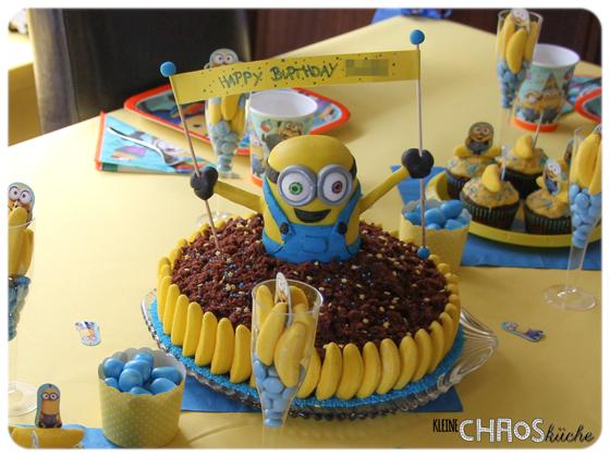 Maulwurfkuchen Minions Kuchen   Minion Cake Motivtorten - geschenke aus der küche rezepte
