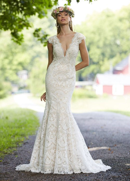 Medium Of Fit And Flare Wedding Dress