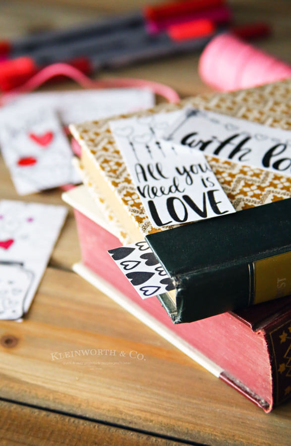 Valentine Printable Coloring Page Bookmarks - Kleinworth  Co