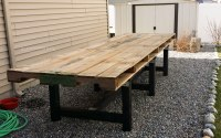 DIY Pallet Outdoor Dining Table - Kleinworth & Co