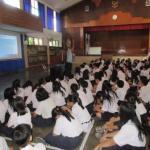 Sosialisasi Kanker Serviks dan Vaksin HPV ke Siswa SMP Stella Duce 1 Yogyakarta
