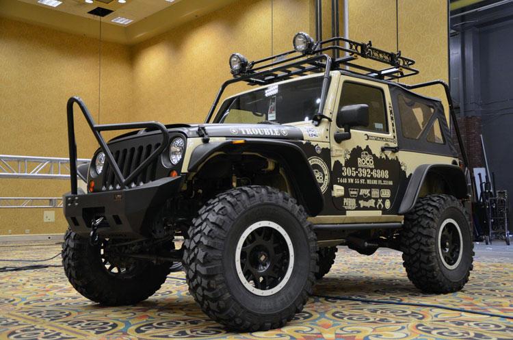 Rebeca Olavarrieta Brings 2011 Jeep Wrangler and Roco 4x4\u0027s Nissan