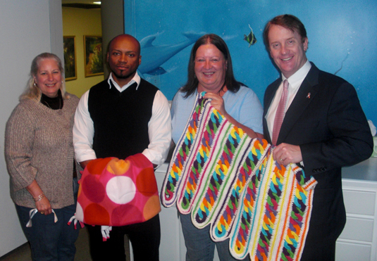 US Cellular Donates Crocheted Blankets to Childhelp Tennessee