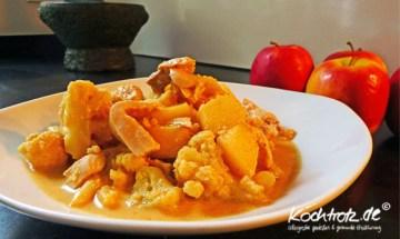 gelbes Fischcurry mit Blumenkohl und Apfel