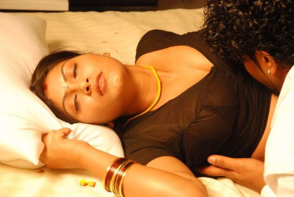 muthamaa-movie-hot-stills (8)