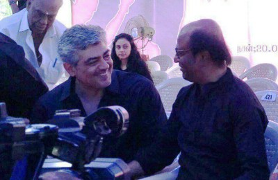 Ajith at Jallikattu Protest (32)