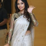 Actress Nivetha Pethuraj (18)