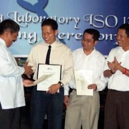 Edisi Baru referensi ISO / IEC 17025 untuk kompetensi laboratorium