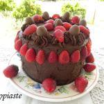 Τούρτα Γενεθλίων Σοκολάτας – Φράουλας με 3 Ελληνικά Υλικά