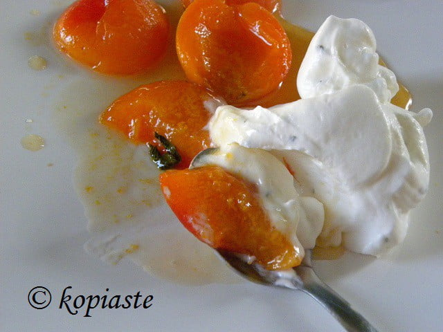 Aprictors and Greek Yoghurt