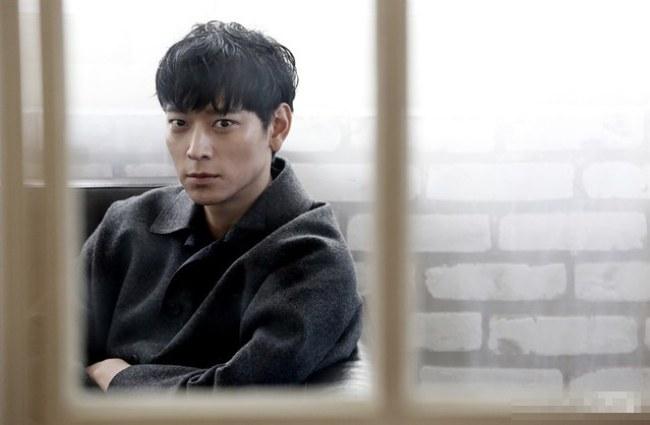 Image; Kang Dong Won