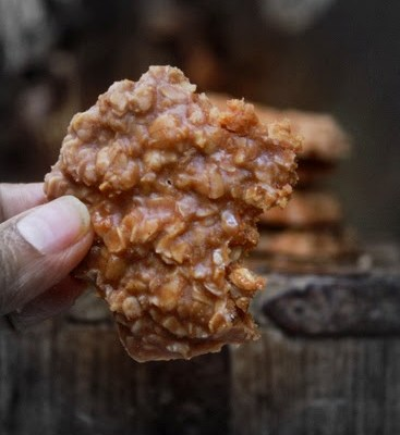 Almond No-Bake Cookies – Vegan Recipe