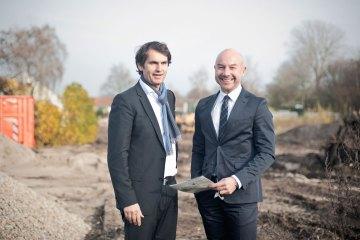 Mit Aramis in den Dykgärten - Wer will ein weißes Haus im Grünen?
