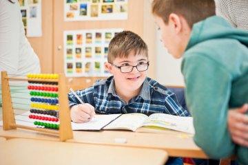 Voneinander lernen, Gesamzschule Uerdingen, Inklusion