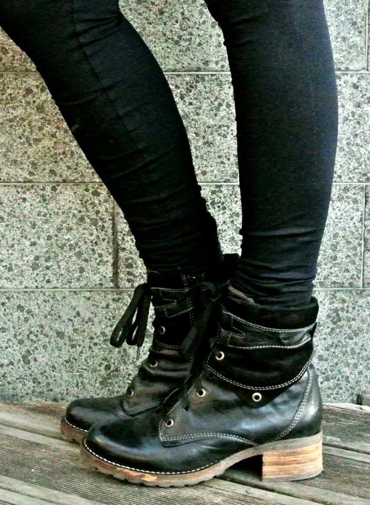 Http Www Stylenudge Com Shoe Tell Fashion Link